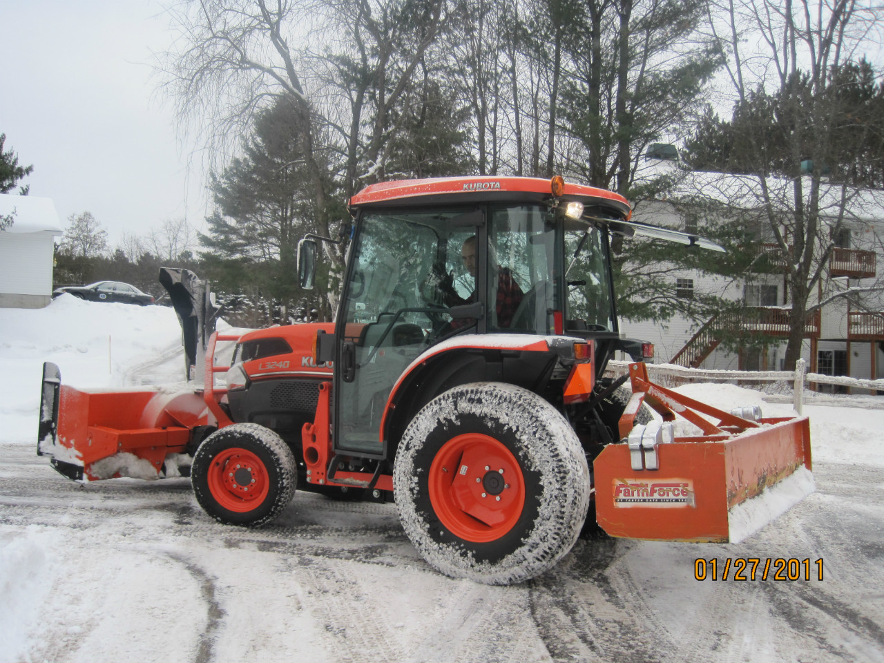 snow-removal-tractor